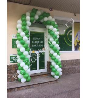 Оформление входа в магазин шарами (арка)