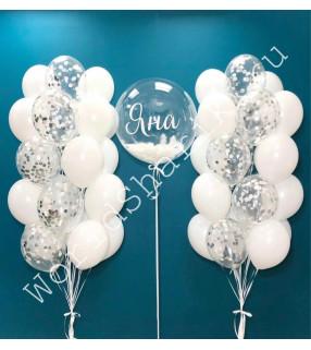 Фонтаны из белых воздушных шаров и шар с перьями