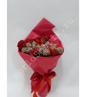 Клубника в шоколаде с розами