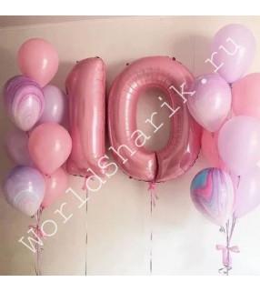 Композиция из шаров на 10 лет девочке: цифры и два фонтана с агатами