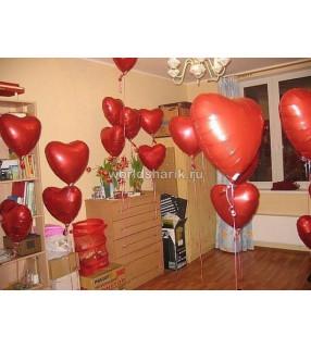 Оформления красными шарами сердце