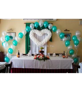 Оформления шарами свадебного стола, цвет голубой белый