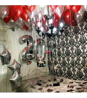 Оформления шарами комнаты красно-серебряными